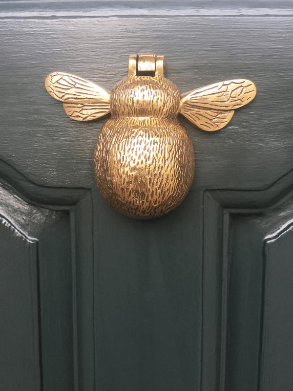 solid brass bumble bee door knocker lyndhurst house. Black Bedroom Furniture Sets. Home Design Ideas
