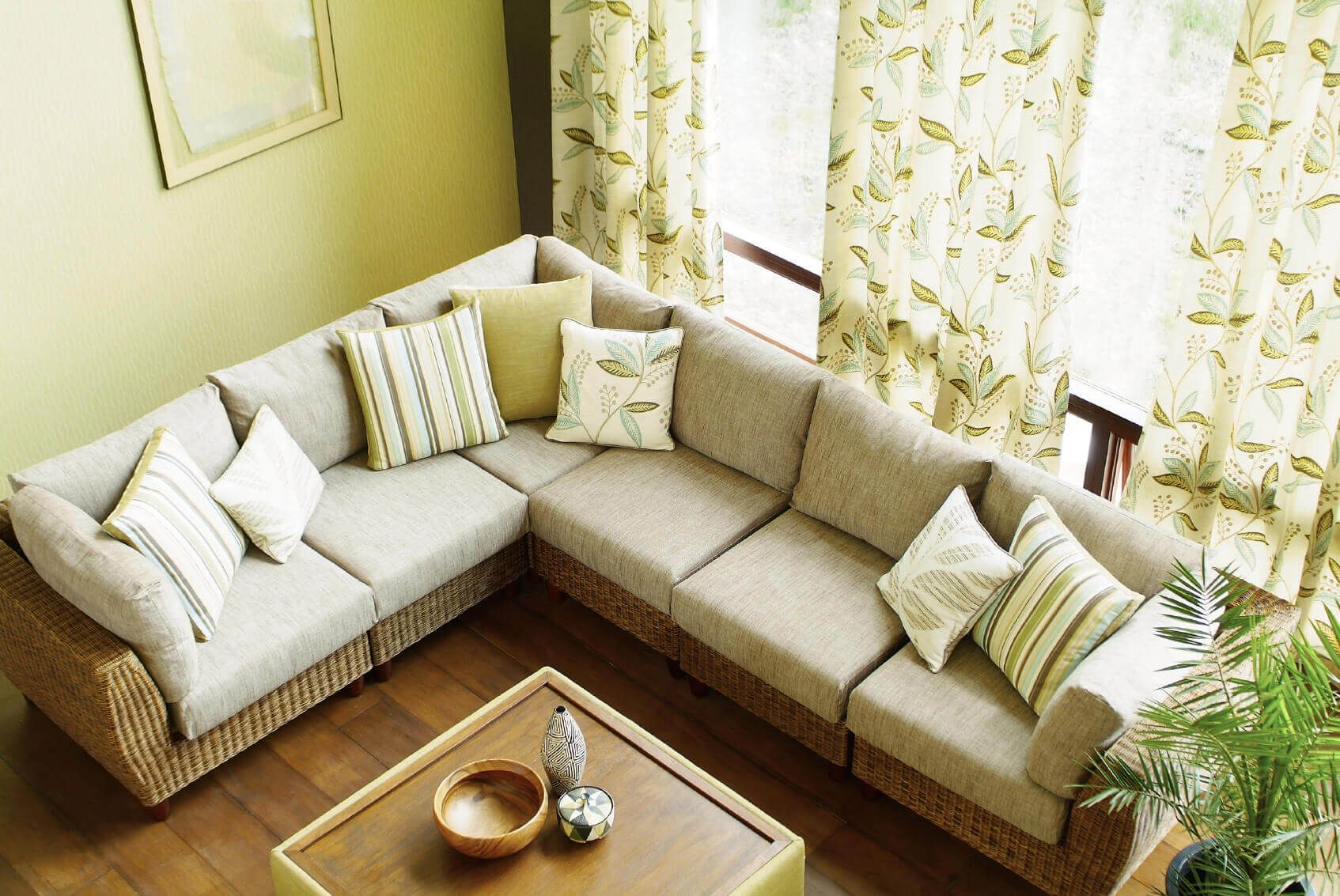 Best Green Wall For Living Room Look Bigger The Tips Is Using 640 x 480
