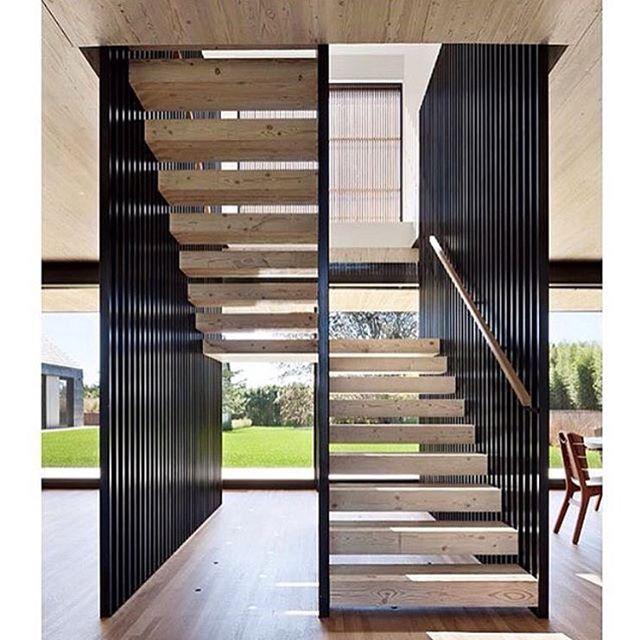 Inspirational Stairs Design: Stairway Inspiration Via @leticiahammerschmidt ️