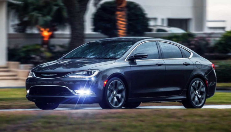2018 Chrysler 100 Sedan Chrysler Sedan Car