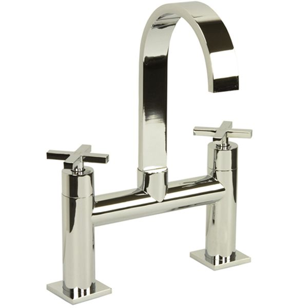 Surf Bath Filler Tap It Has Ceramic Disc Technology Suitable For Water Systems From 0 5 Bar To 3 0 Bar Modern Bathroom Faucets Bathroom Taps Bathroom Faucets