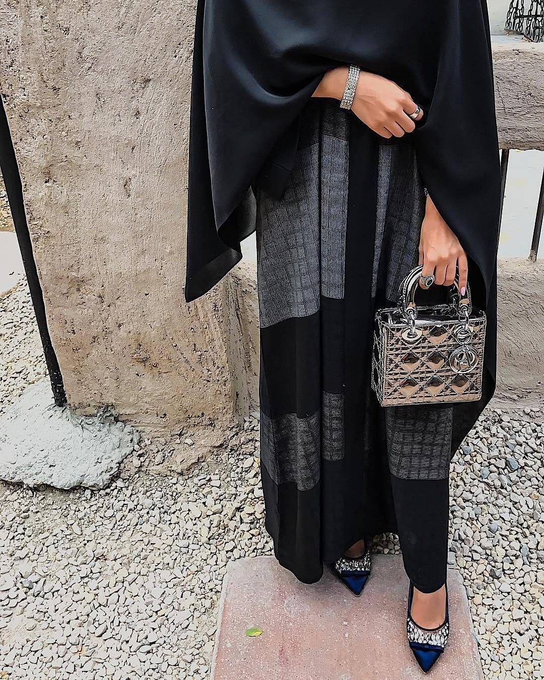 Pin Anniemccurdy Fashion Abaya Fashion Abaya Designs