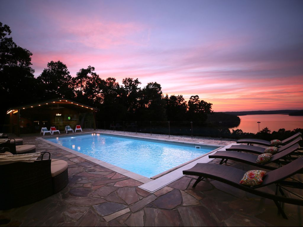 Rent A House In Mt Home Ar Lake House Rentals Lake View Swimming Pools