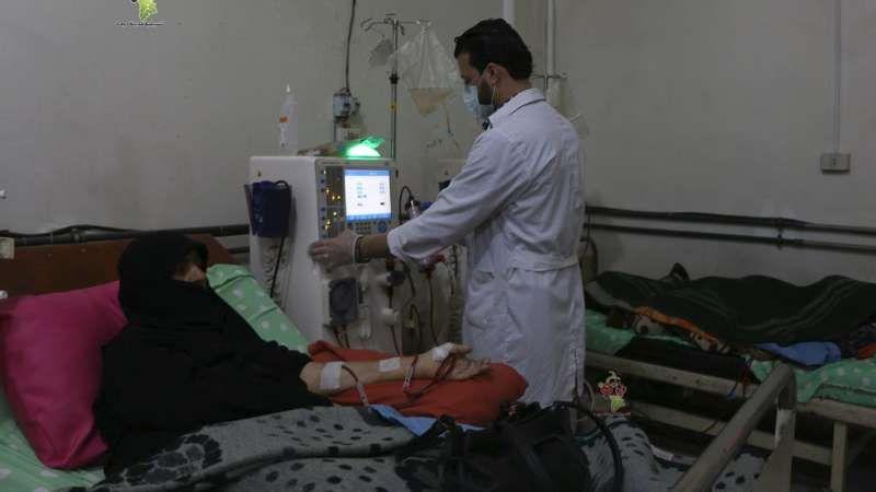 الموت يهدد عشرات مرضى الكلى في الغوطة الشرقية