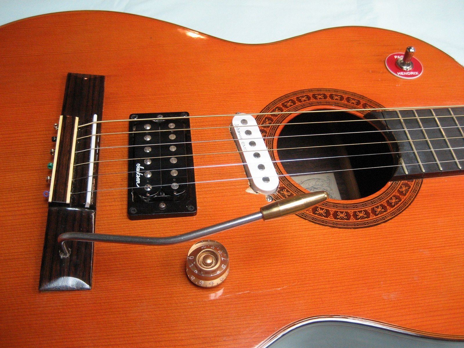 Guitar Mods To Make You Cry Cringe And Wtf Guitar Guitar Obsession Acoustic Electric Guitar