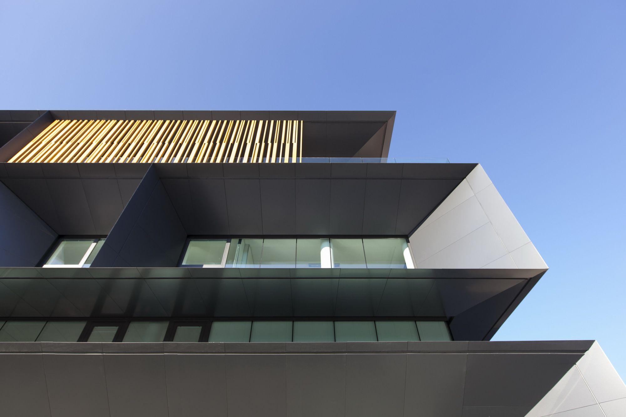 Galería - Nuova Sede Banca Credito Cooperativo di Caraglio / Studio Kuadra - 5