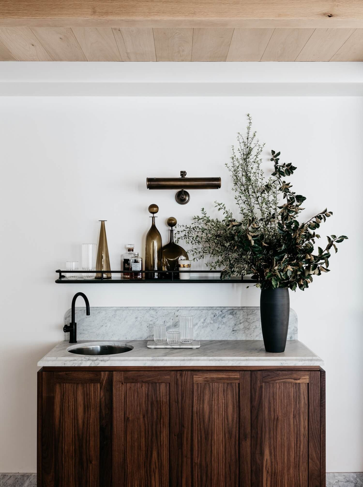 Moody marble wet bar inspo. Iluka House in Palm Beach, Sydney by ...