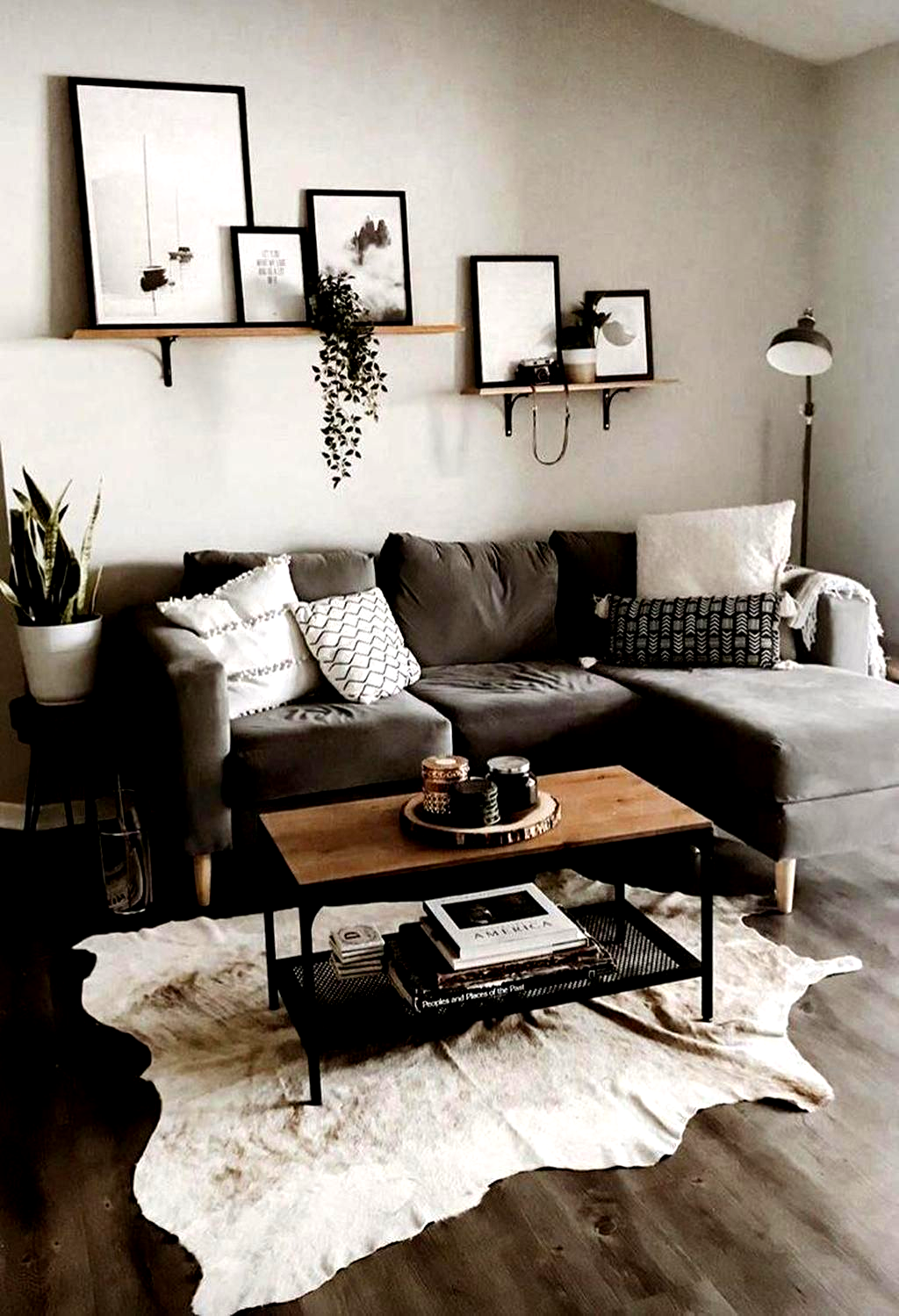 Cool 33 Latest Living Room Ideas For Small Space Homedecorideasforlivingroom In 2020 Small Apartment Living Small Living Rooms Living Room Modern