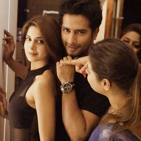 Pin By Jannat On Tv Rial Bzz Jennifer Winget Jennifer Winget Beyhadh Jennifer