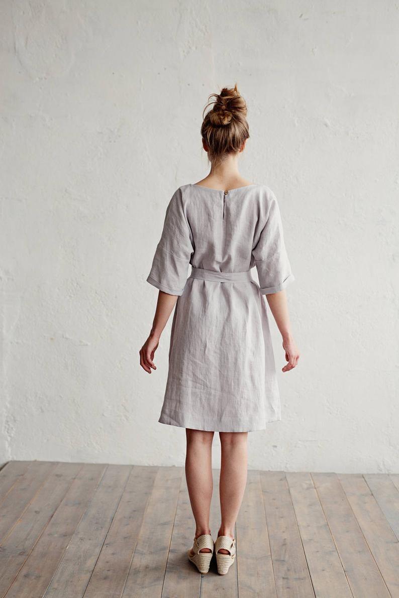 Betere Linnen jurk met riem CORFU. Diverse kleuren beschikbaar. Knie DT-69