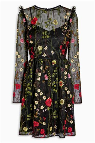b518c7fc5b9b76 Черное платье с цветочной вышивкой - Покупайте прямо сейчас на сайте Next:  Россия