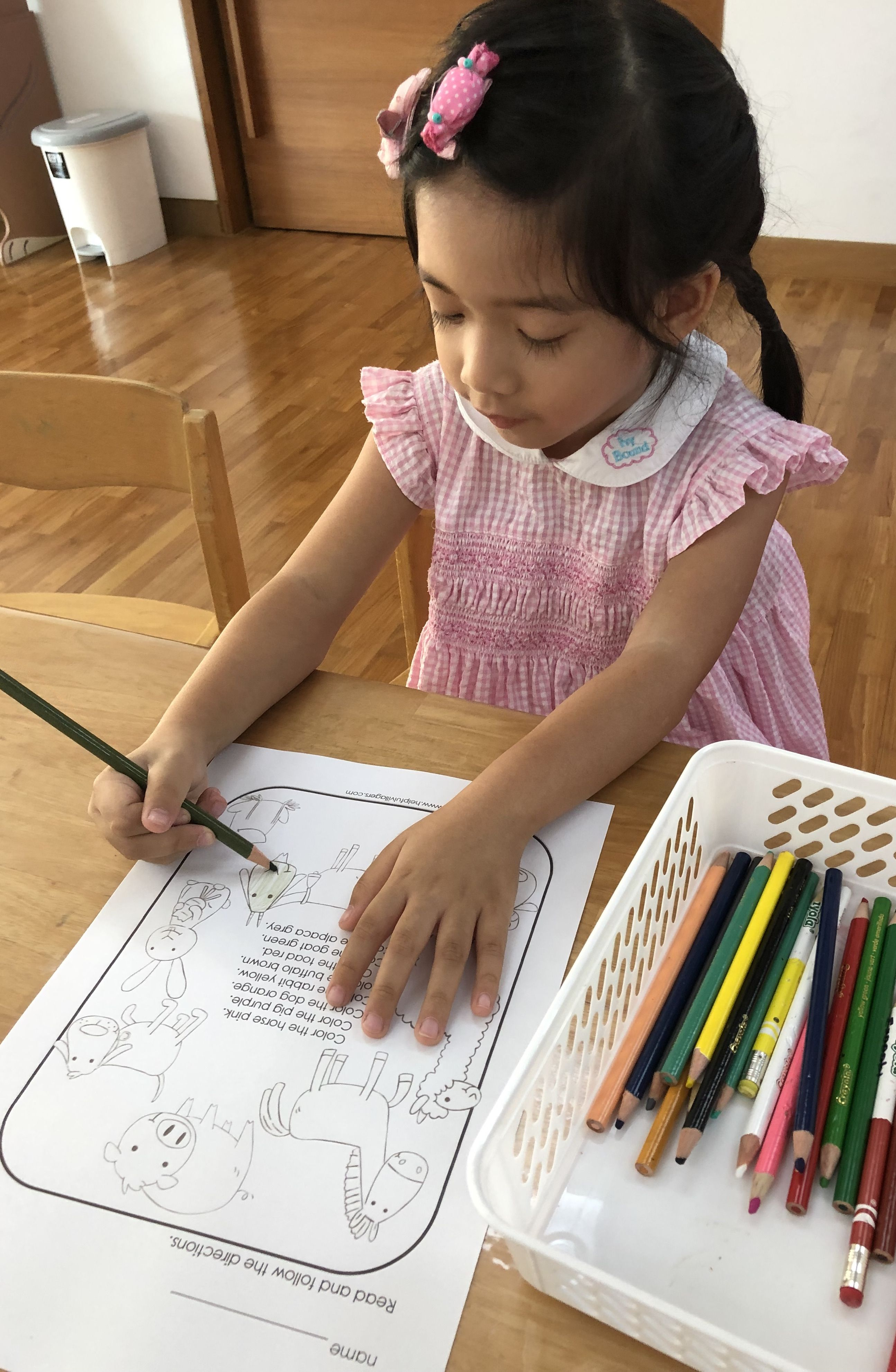 Color The Horse Pink Your Children And Students Can