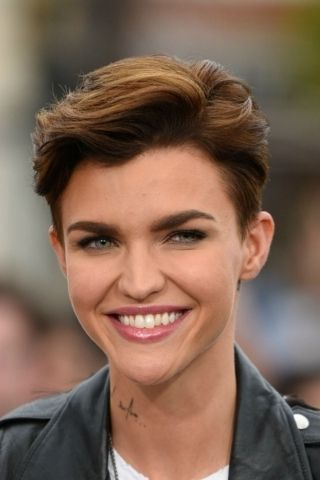 Brilliant Short Hairstyles For Women With Thick Hair Ideas
