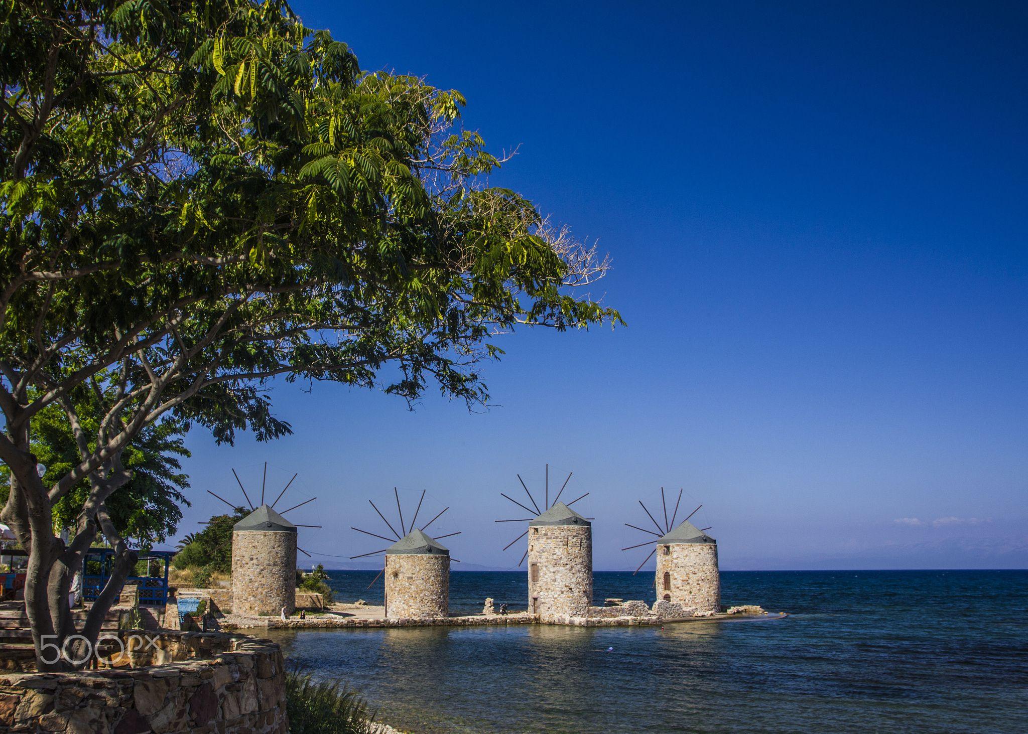 sakız adası / Χίος by Nur Uzakgören