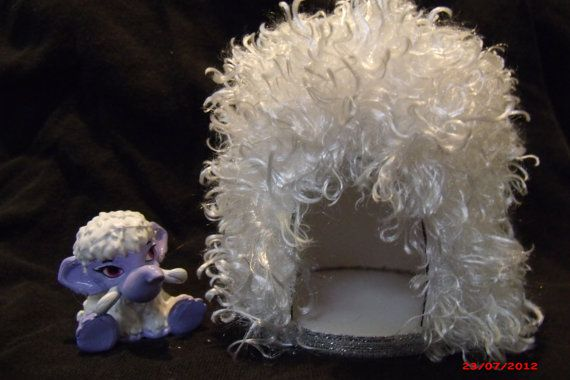 Pet Bed Snow Cave for Monster High  Abbey