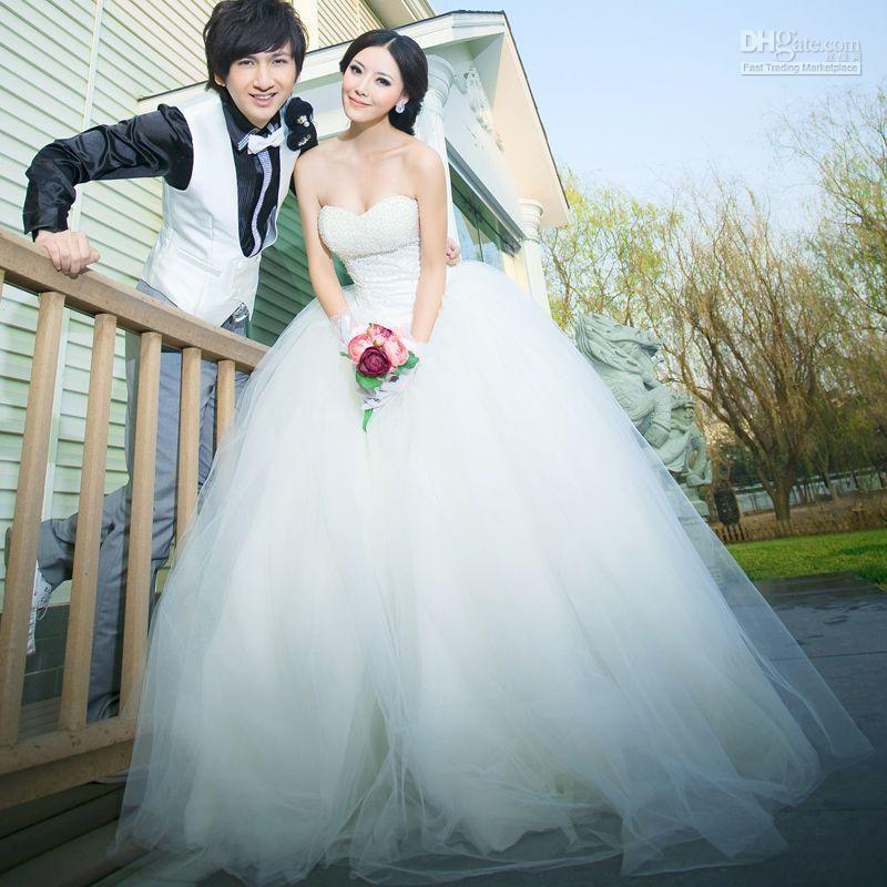 Korean Wedding Gowns: Wedding Photoshoot & Dressess