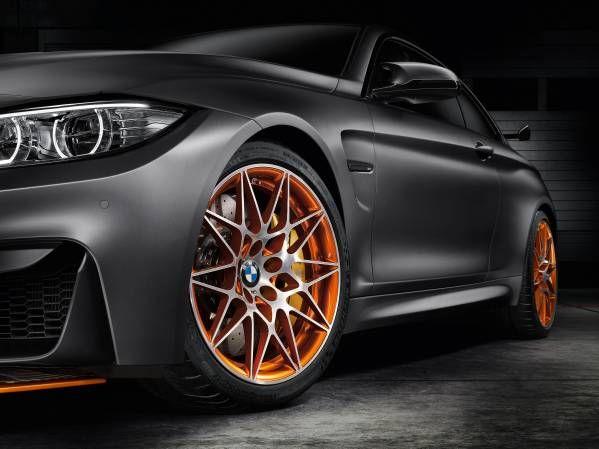 BMW apresenta o conceito Vision DC Roadster, sua moto