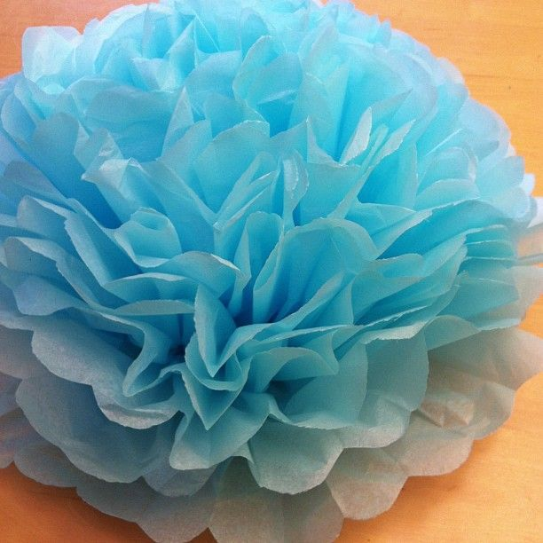 Tutorial how to make diy giant tissue paper flowers tissue paper diy giant tissue paper flowers tutorial 2 for 100 make beautiful birthday party decorations step 9 mightylinksfo