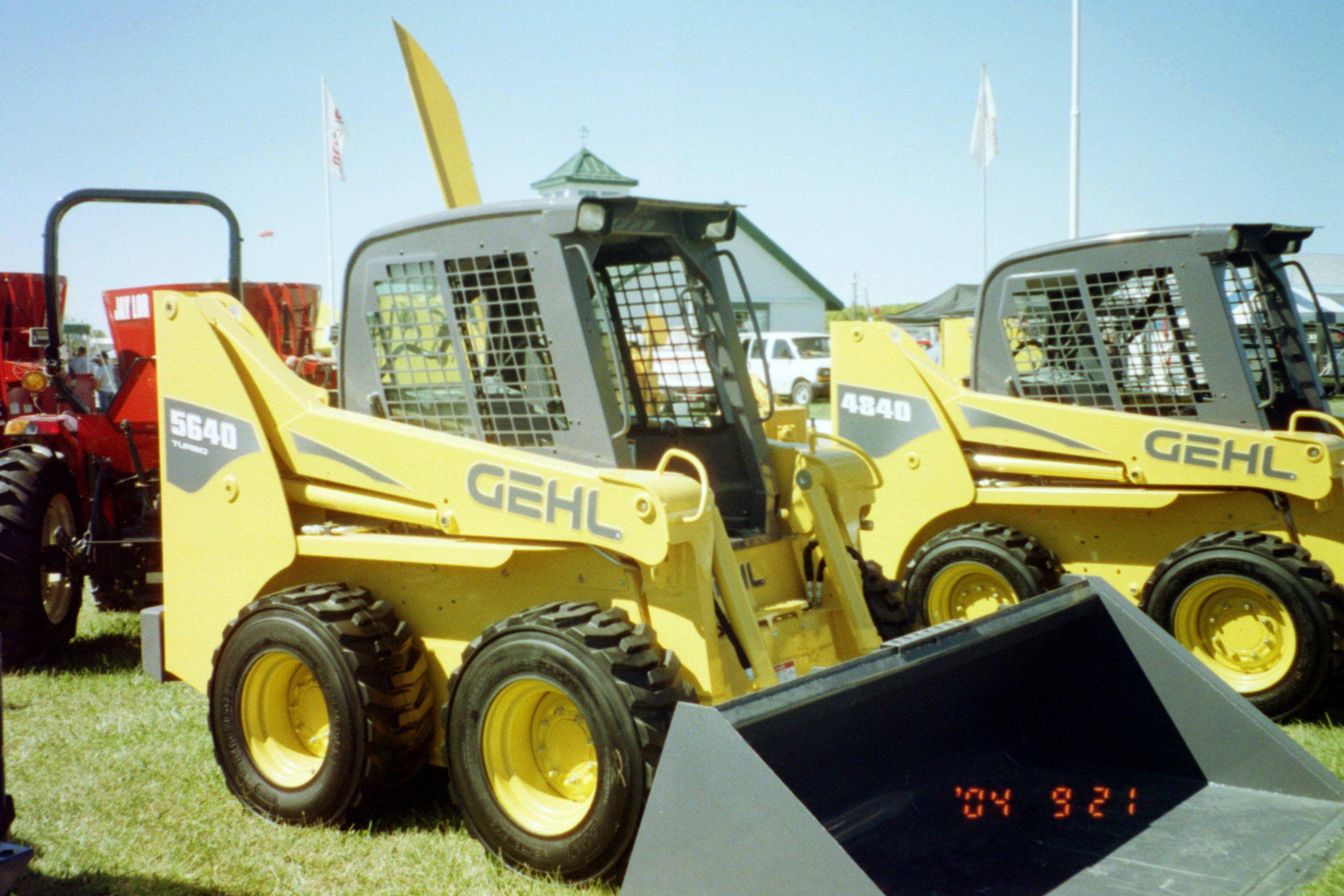 Gehl 5540 skid steer loader
