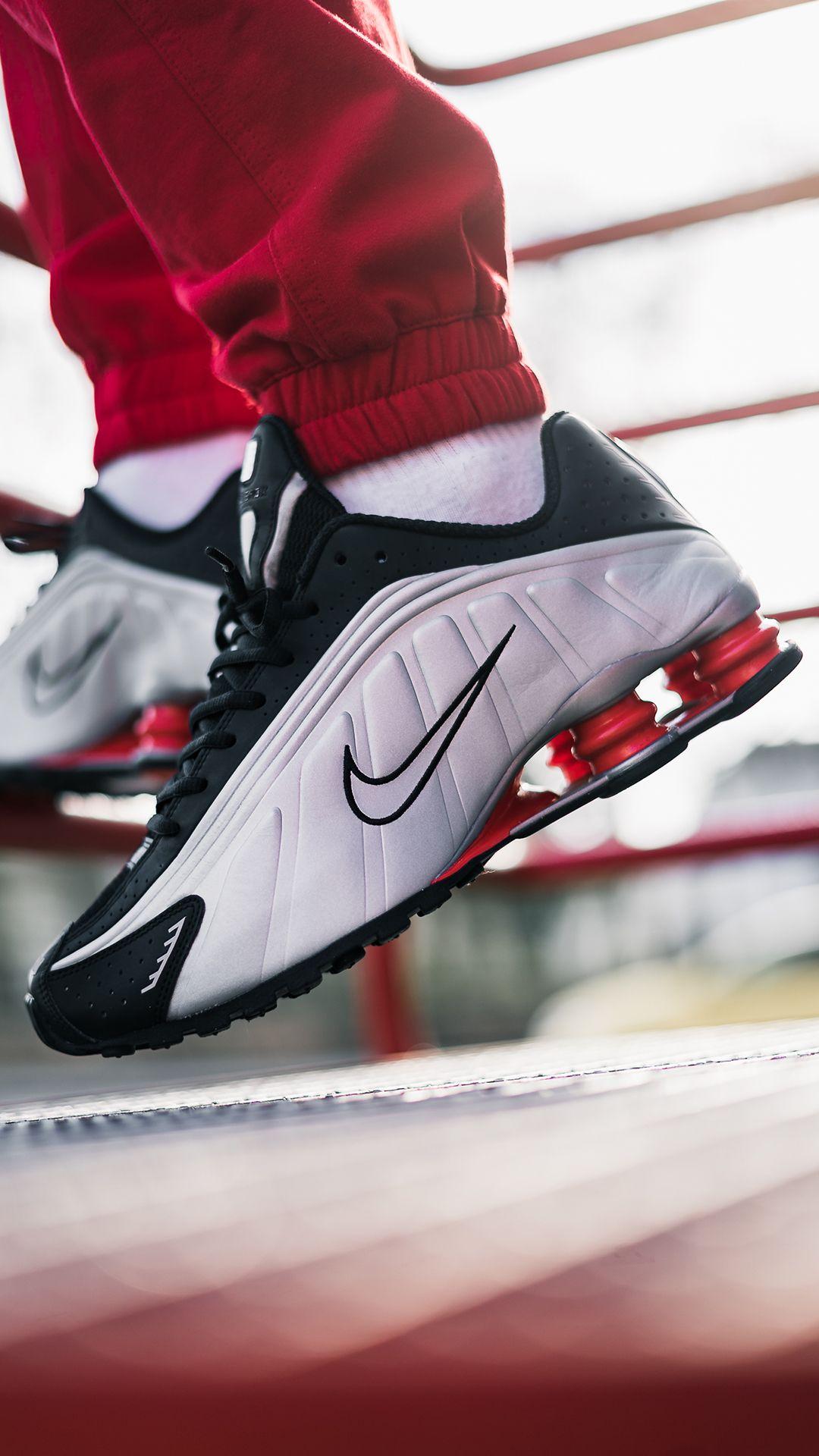 Nike Shox R4 (silver / black) Like4like