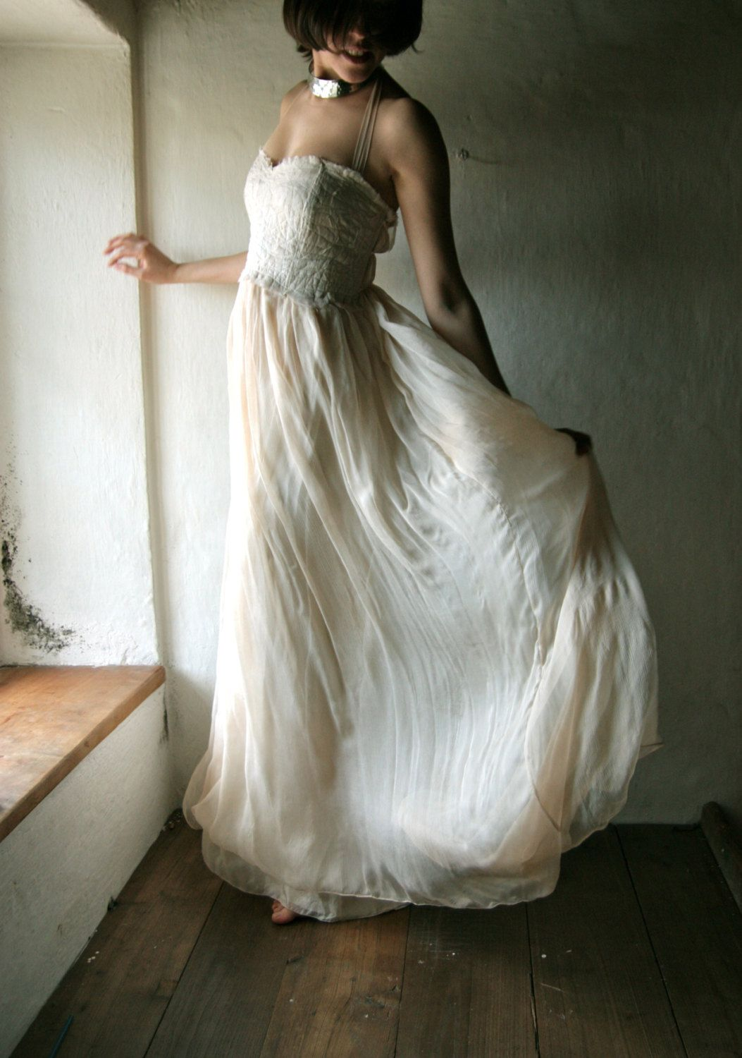 Wedding dress in silk chiffon strapless or halter long ivory bridal
