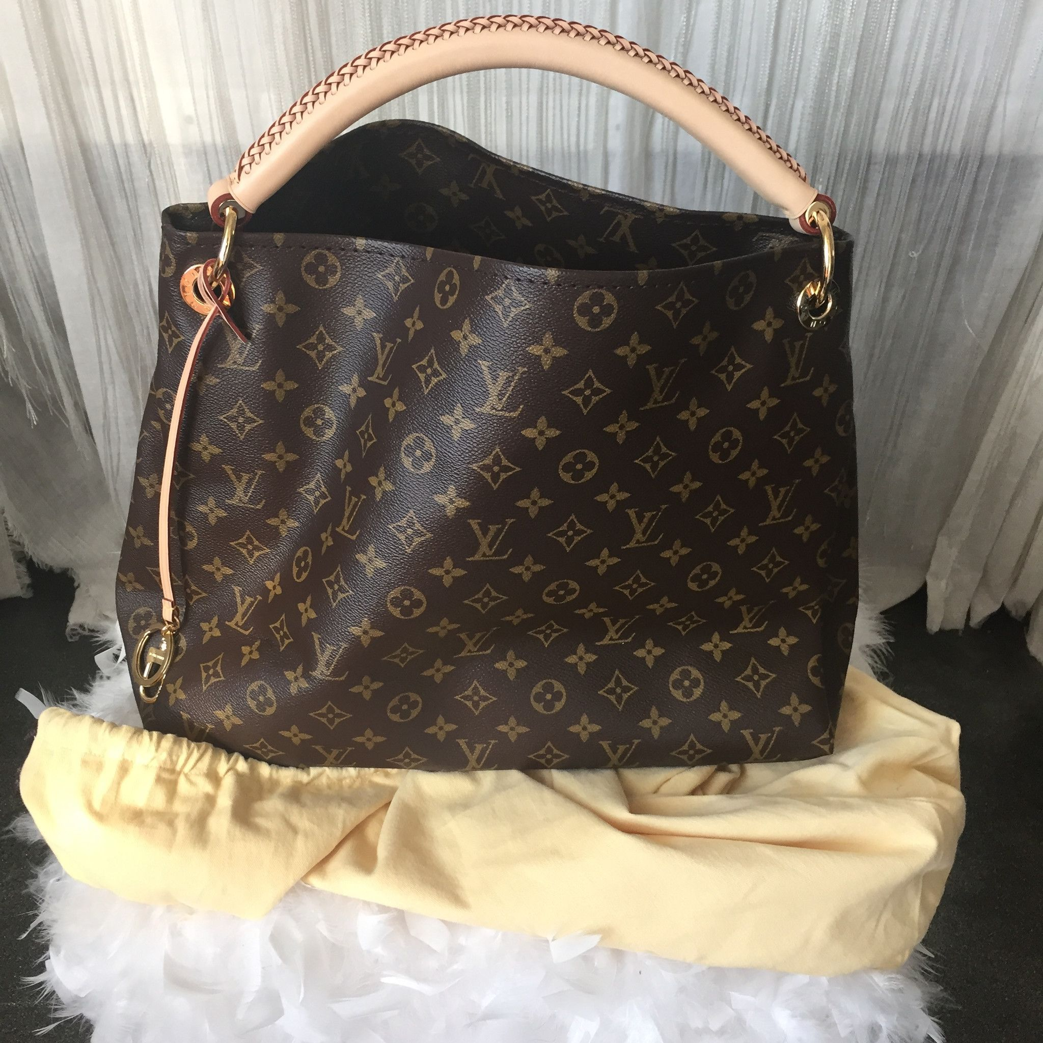 This Authentic Louis Vuitton Artsey Mm