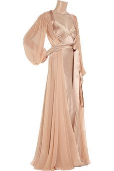 Lace-trimmed silk-satin chemise and robe by Jenny Packham