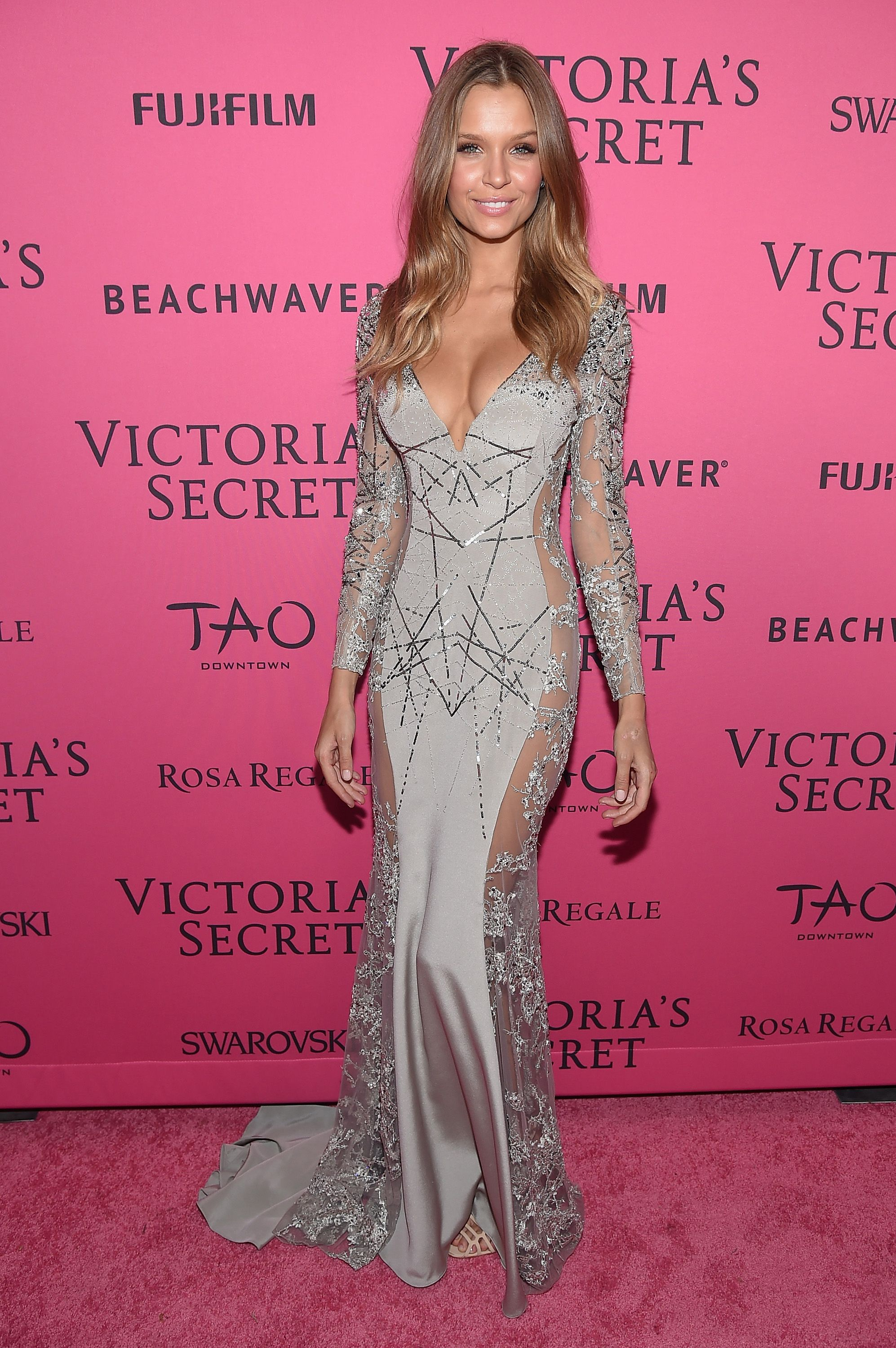 All the Must-See Action From the 2015 Victoria\'s Secret Fashion Show ...