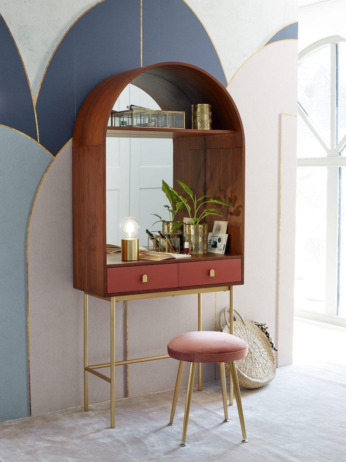 Amenagement Couloir Espace Travail Meuble Bureau Console Originale Sur Pied Terracotta Bois Acajou In 2020 Bedroom Interior Decor Home Decor