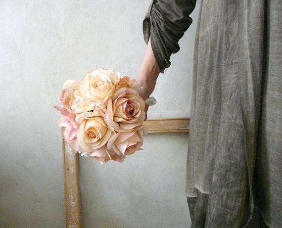 Romantic Bouquet. Wedding Flowers. Small Flower Bouquet of fabrtic. Wedding gift.  Vintage Pink, Cream on Etsy, 86,71€
