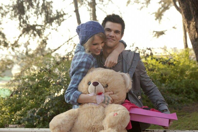 Valentine S Day Movie Taylor Swift Taylor Lautner Valentines