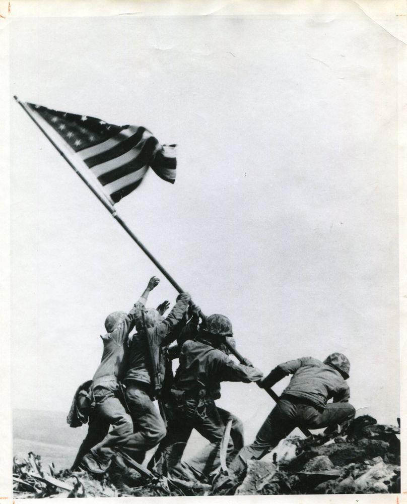 Silver Photograph Wwii Military Iconic Joe Rosenthal Suribachi Flag Raising 1945 Iwo Jima Battle Of Iwo Jima Iwo