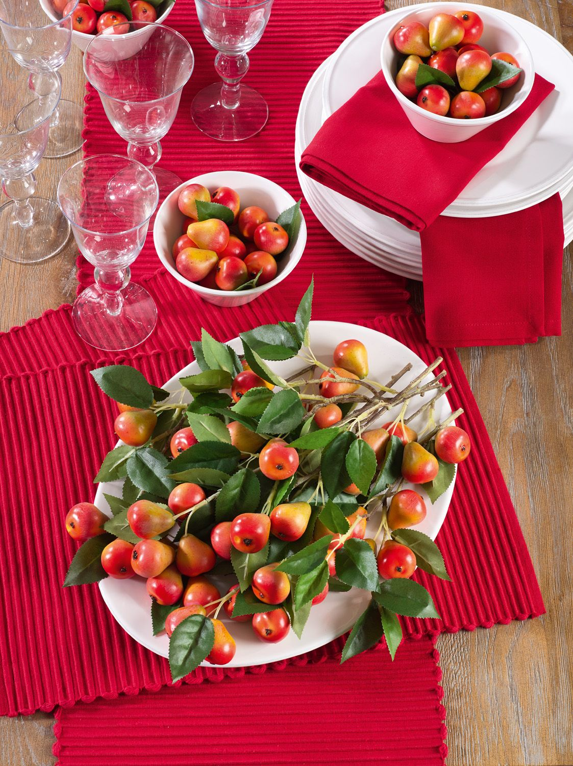 Franboler Collection In Red Red Table Runner Christmas Leaf Tablecloth Saro Lifestyle