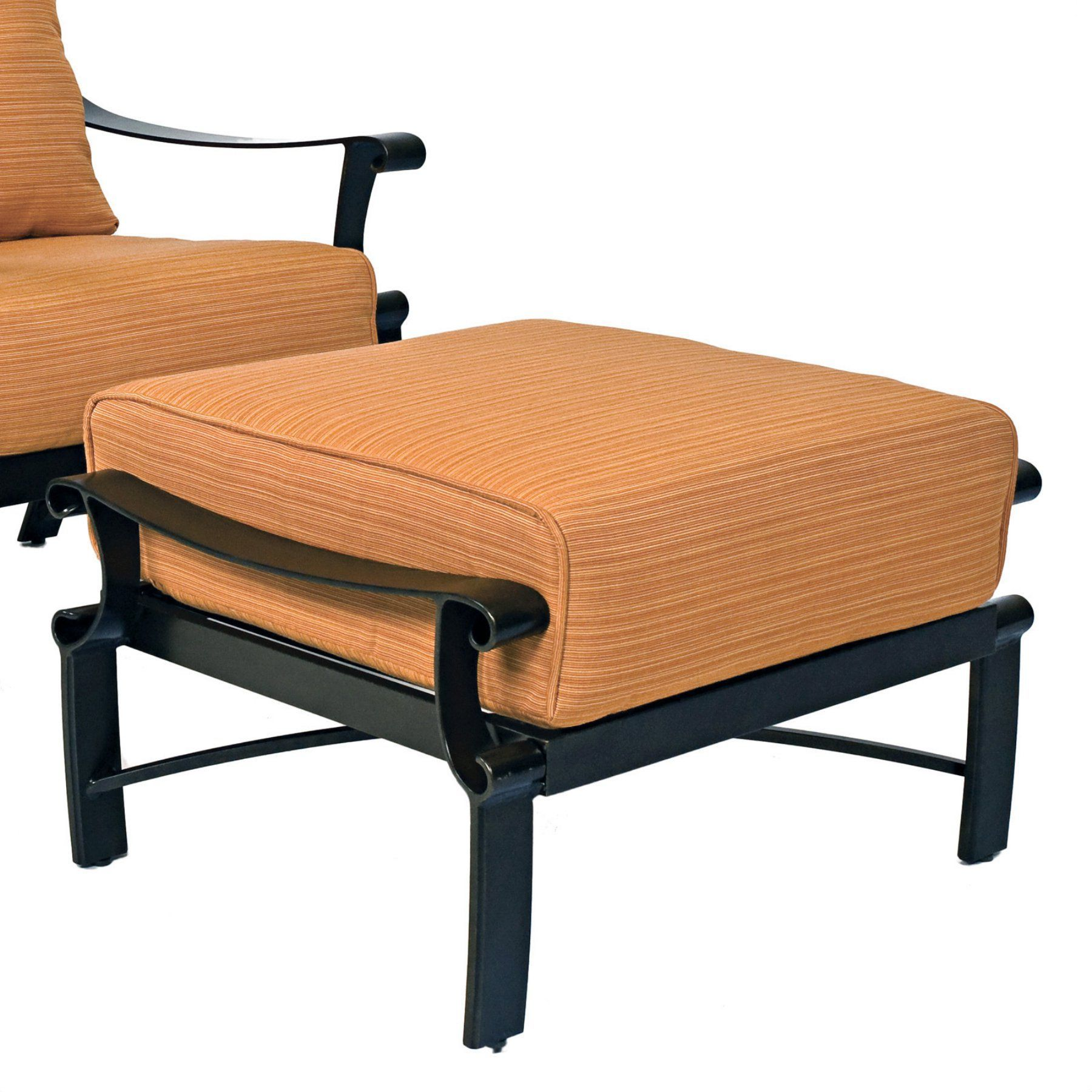 Outdoor Woodard Bungalow Cushion Patio Ottoman 8Q0486