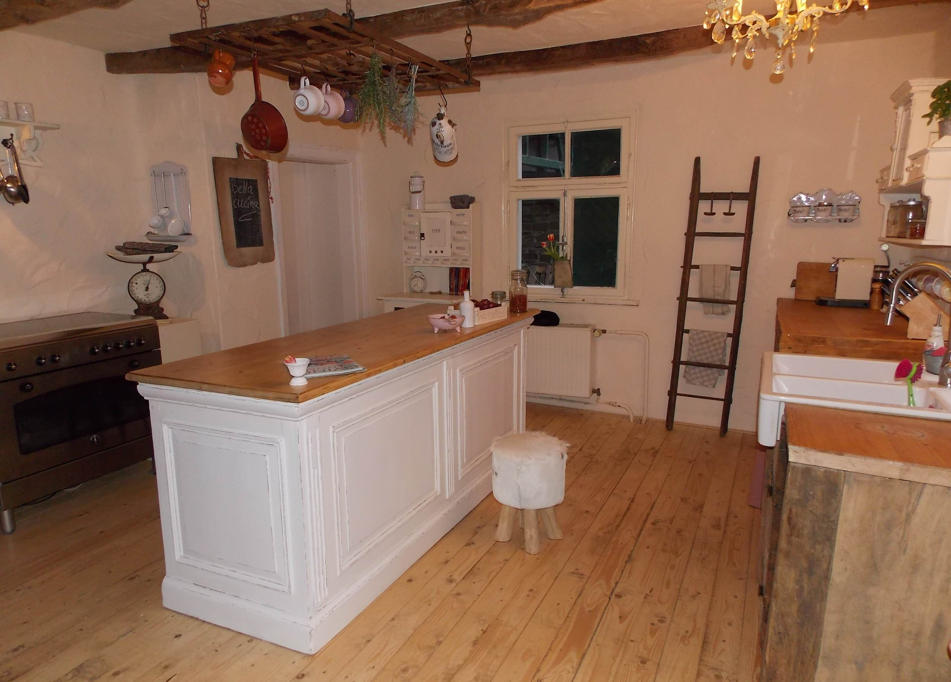 Kcheninsel in unserer shabby chic Landhaus Kche wwwcasamanolode  Unsere private