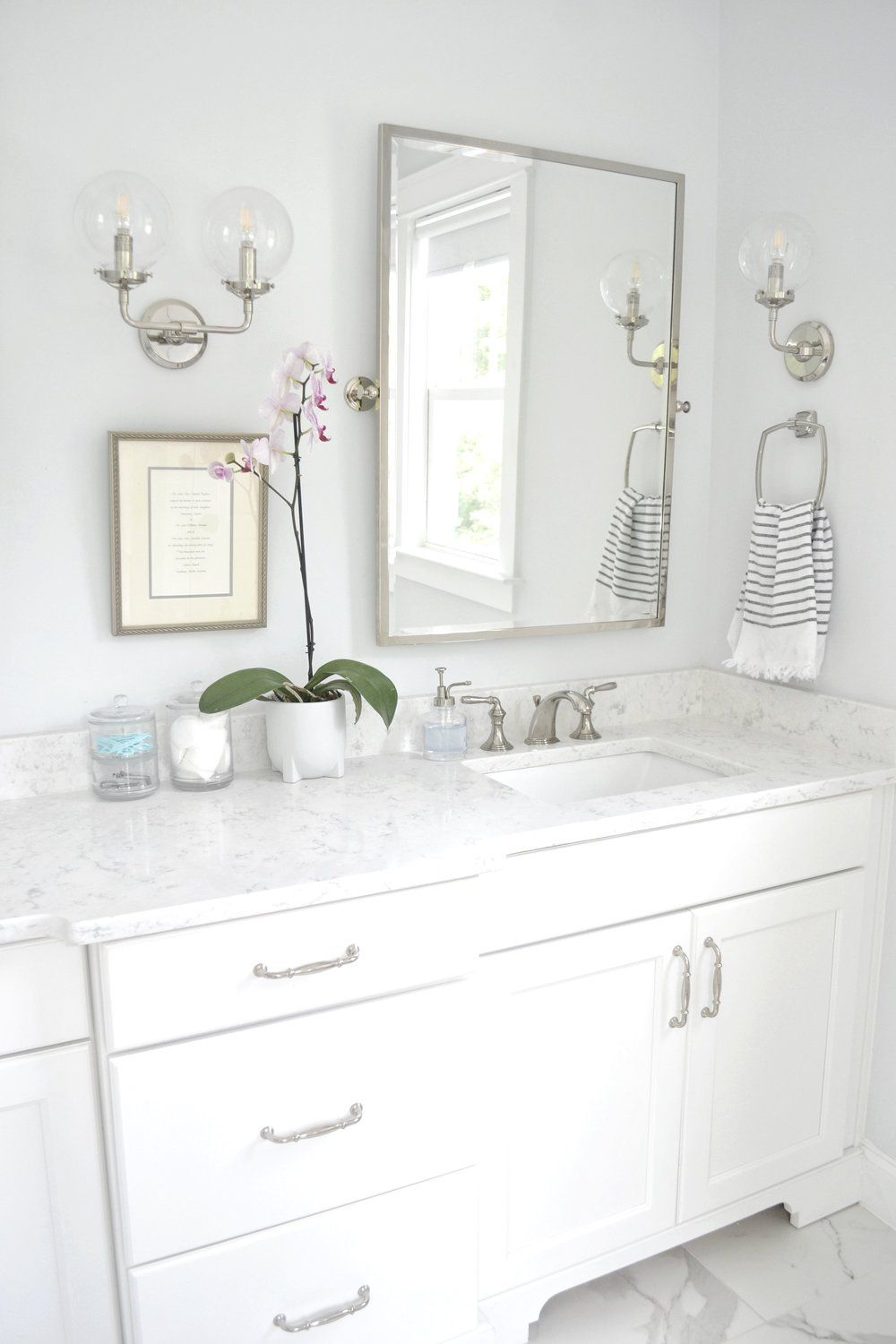 Sherwin Williams Extra White & Ice Cube In My Home - Chrissy Marie Blog