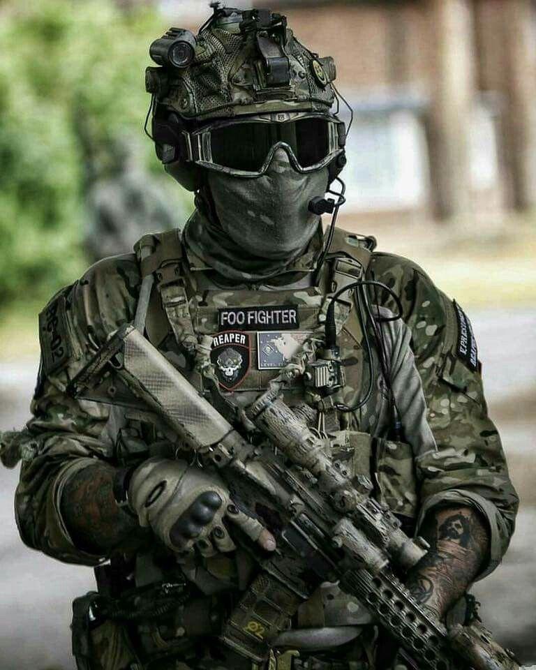 высокая узкая картинки на аву для военных кроется различных