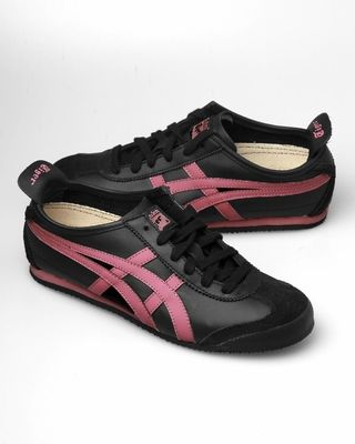 sports shoes 700f5 8de00 Asics Onitsuka Tiger Mexico 66 Sneakers - Black   Pink - Punk.com