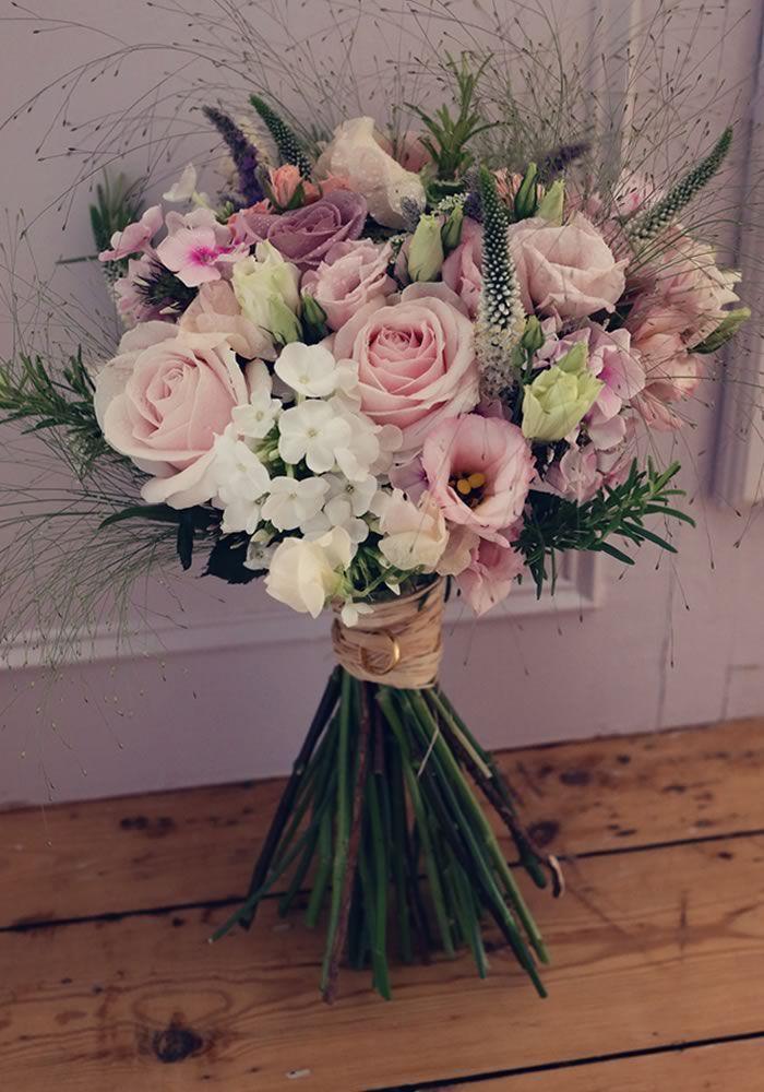 Peonies: 7 Cost-effective Seasonal Alternatives | Wedding Ideas magazine