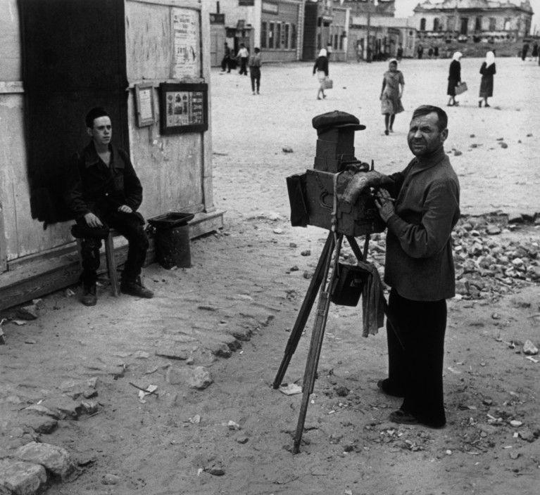 Stalingrad, 1947: Photographer on the street//Robert Capa