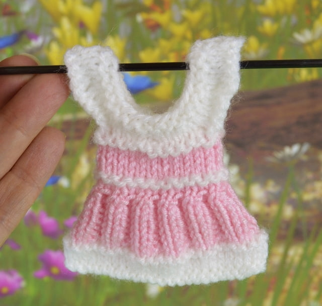 Free Knitting Patterns for Oddments of Wool - Knitting by ...