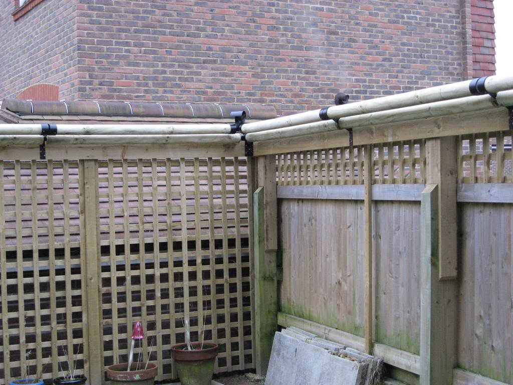 Katzecure Fencing Cats Can T Get Over It Once They Reach
