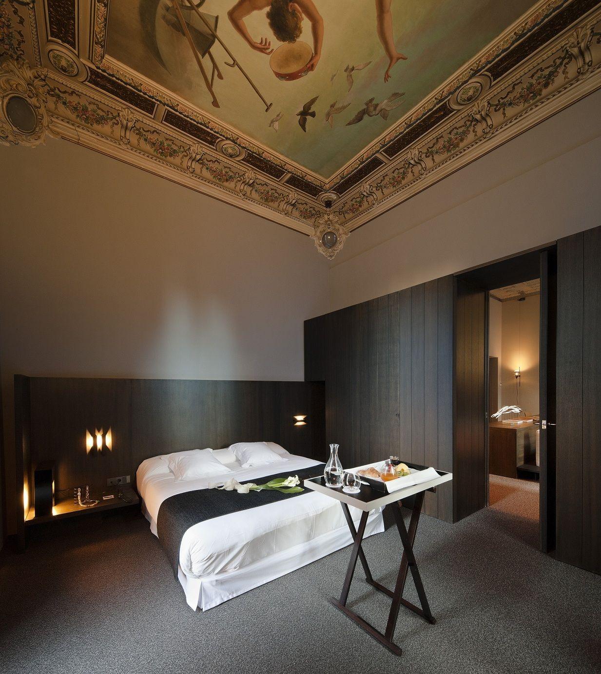 Caro hotel palacio marqu s de caro valencia spain interiores alcoba rifa y dise o de - Decoracion interiores valencia ...