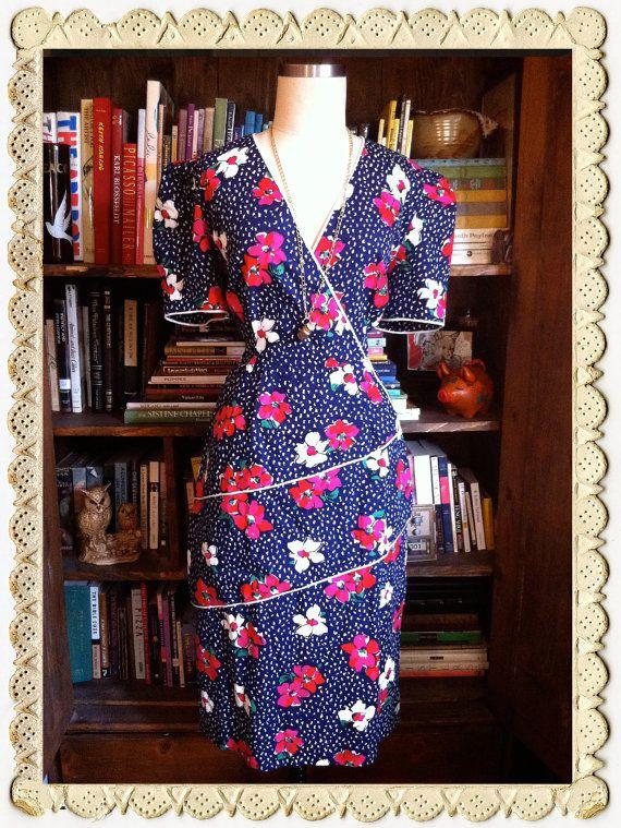 Vintage 1980s California Girl Flower Market Dress. www.beelovelyvintage.com