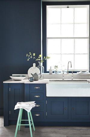 Bleu intense dans la cuisine | Kitchens | Pinterest | Kitchens ...