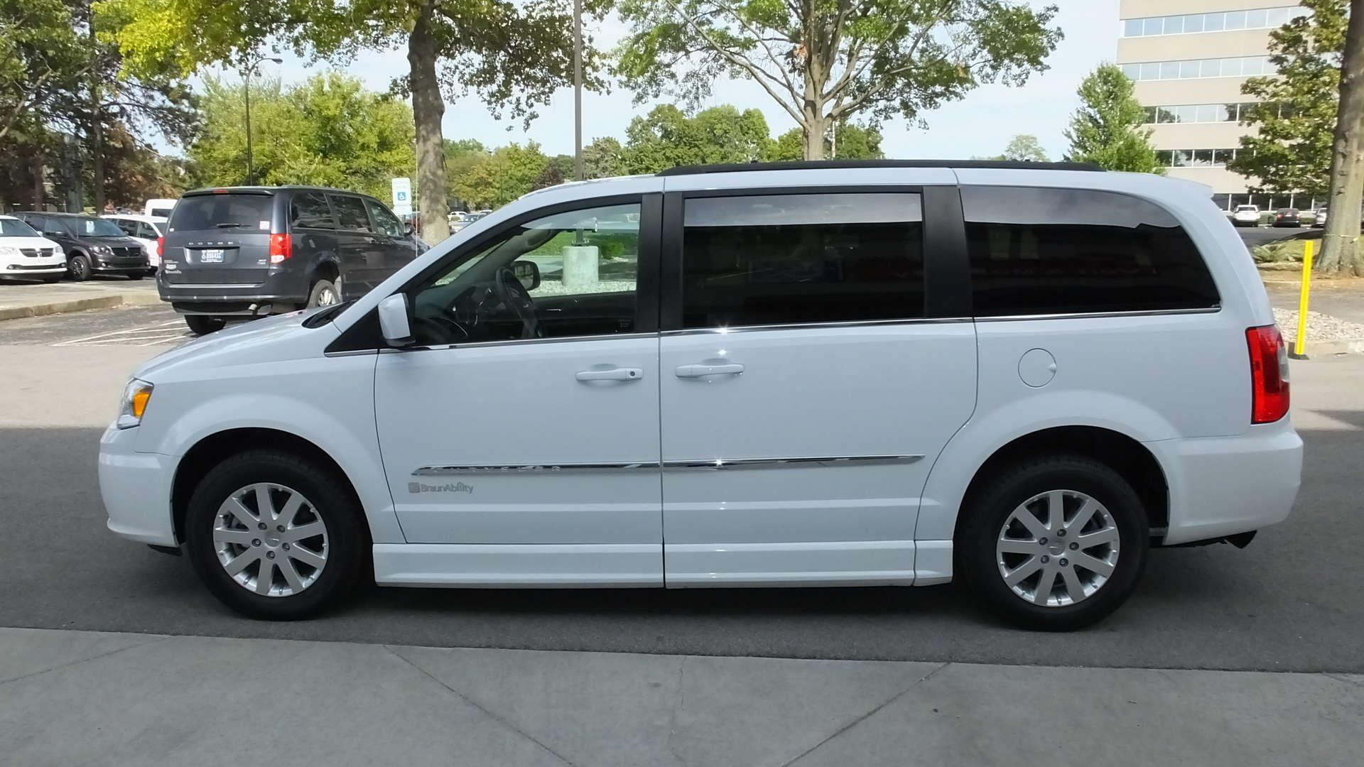 Wheelchair Van For Sale 2016 Chrysler Town And Country Touring L