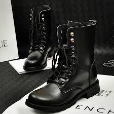 Borceguí Nombre Dado A Las Botas Con Tres Suelas De Metal Madera Y Cuero Llegan Arriba Del Tobillo Botas De Combate Zapatos Borceguies
