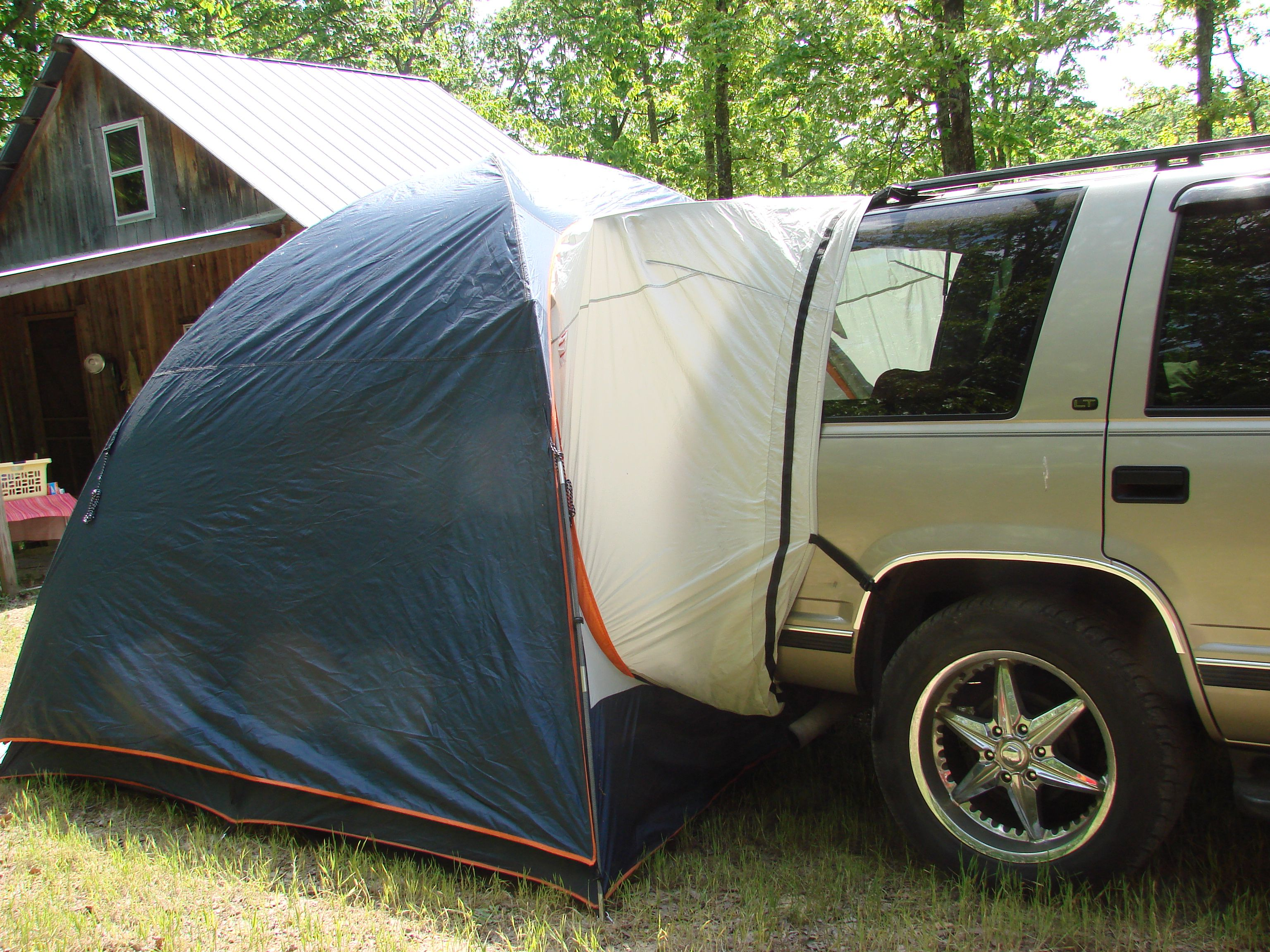 Camping Beds For Tents >> Tent Camping +++ Bed in SUV | Camping | Outdoors | Tent