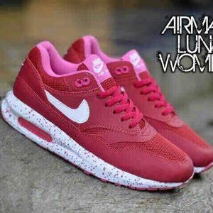 Sepatu Nike Airmax Lunar Women Merah Dalem Pink Dengan Gambar
