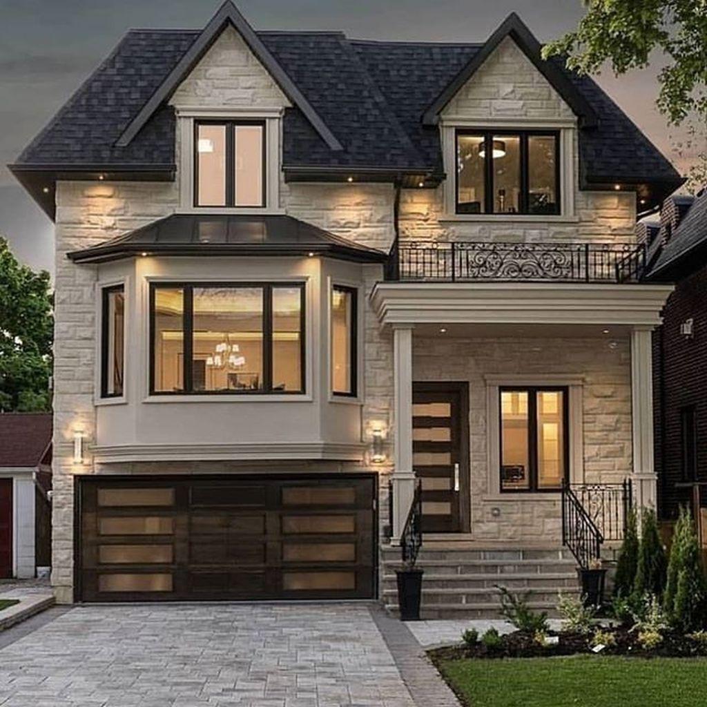 30+ Cozy Farmhouse Exterior Design Ideas That Looks Cool